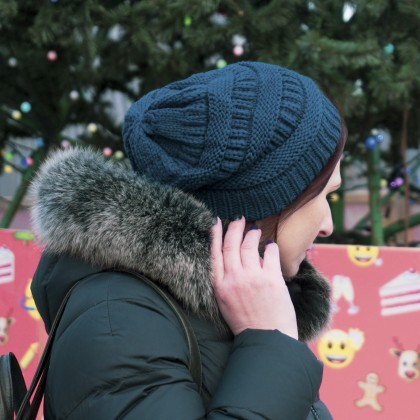 Зимняя женская шапка с утеплителем.