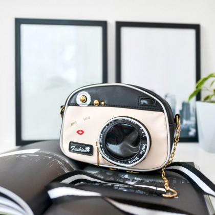 Необычная сумка-фотоаппарат