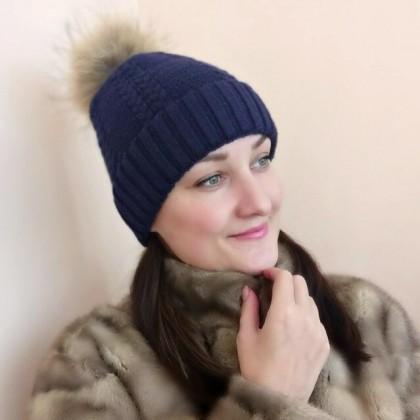 Теплая, стильная, универсальная шапочка от Wixra.
