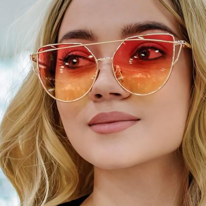 Яркие солнцезащитные очки с AliExpress