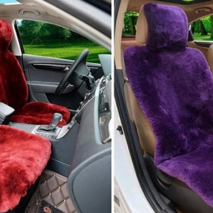 Чехлы для сидений автомобиля из натурального меха овчины.
