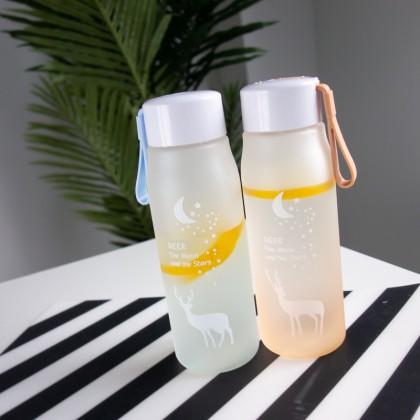 Герметичная и портативная пластиковая бутылка для воды.  560 мл.