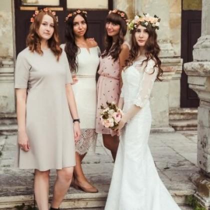 Цветочная красота для невесты и её подружек