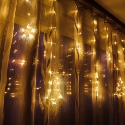 Красивая новогодняя светодиодная гирлянда