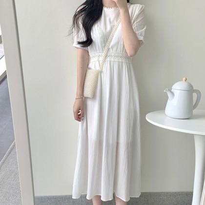 Топ-5 женственных платьев на жаркое лето