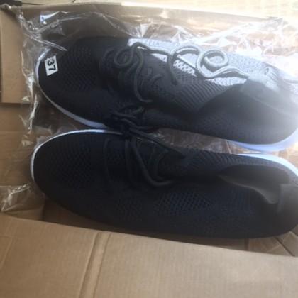 Tenis/Zapatillas deportivas liso negro