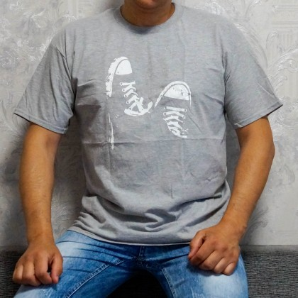 Качественная мужская футболка
