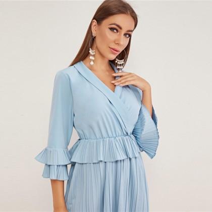 Офисная мода: выбираем платья для работы из магазина SHEIN