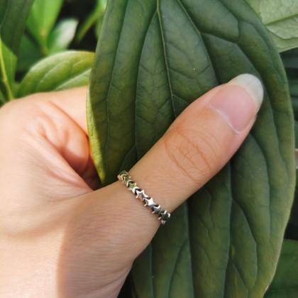 Серебряное кольцо со звездами