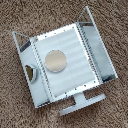 Сенсорное зеркало с подсветкой от DearBeauty Store