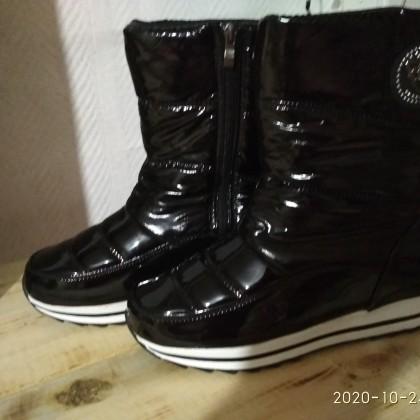 Обувь, дутики для девушек и женщин.