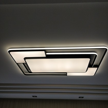 LED Flash Ceiling Lamp with remote control.