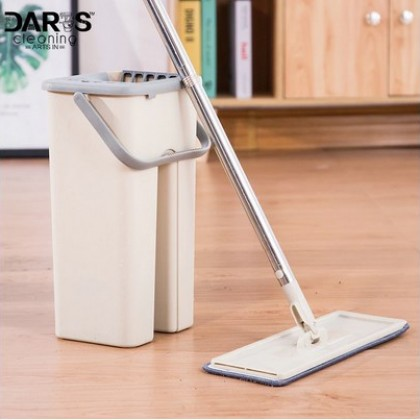Cleaning rectangular shape mop.