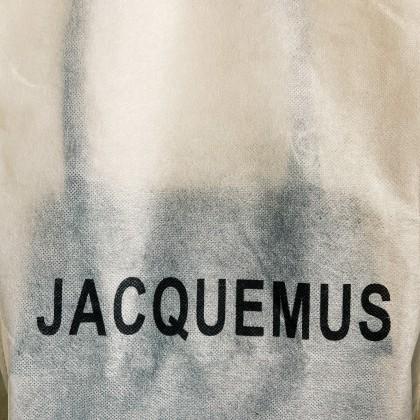 Сумка от Jacquemus за 1500 вместо 60.000? Заинтригованы?