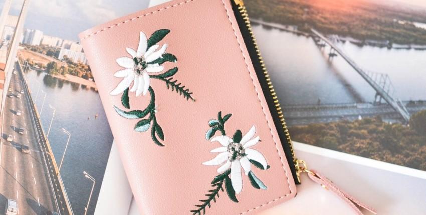 Красивый кошелек с эдельвейсами - отзыв покупателя