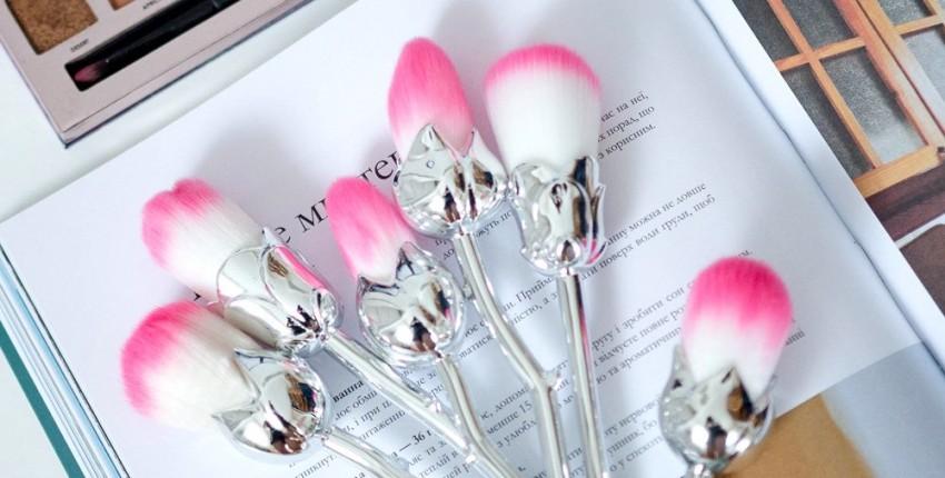 Шикарные кисти для макияжа в виде цветов - отзыв покупателя