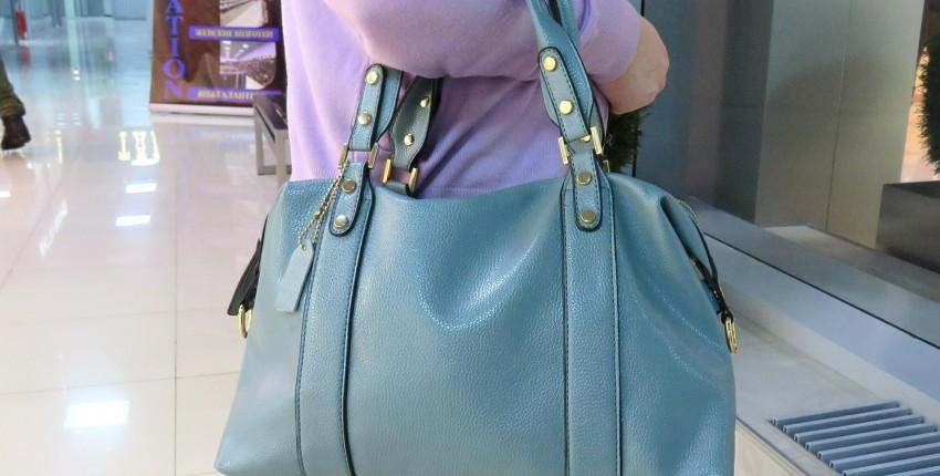 Стильная сумка спокойного серого-голубого цвета - отзыв покупателя