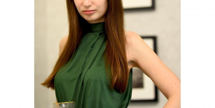 Шикарное платье оливкового цвета для особого случая