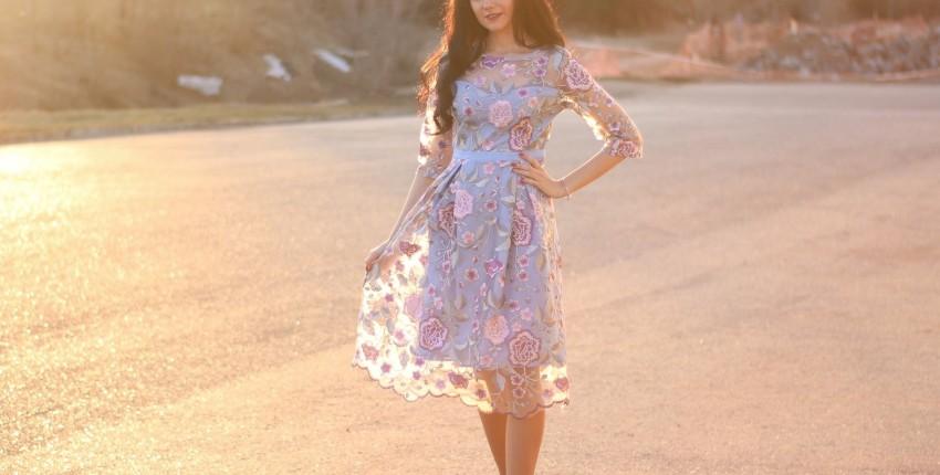 Красивое платье SMTHMA