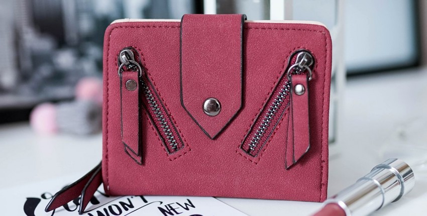 Красивый вместительный кошелек глубокого цвета марсала - отзыв покупателя