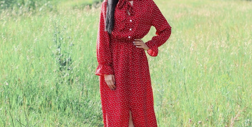 Очаровательное платье в горошек Alyaboomty