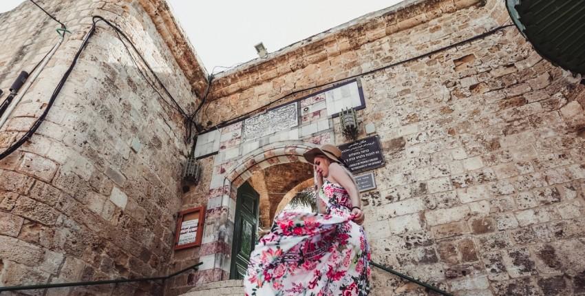 Яркое, летнее платье с цветочным принтом от магазина Shop2032015