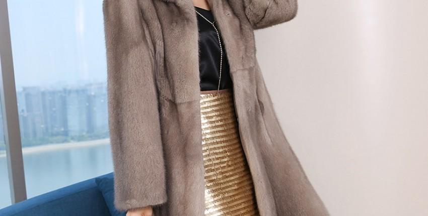 Женское пальто из натурального меха норки