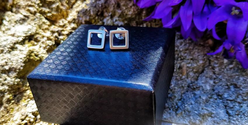 Лаконичные серьги в минималистическом стиле, которые подходят под любой образ