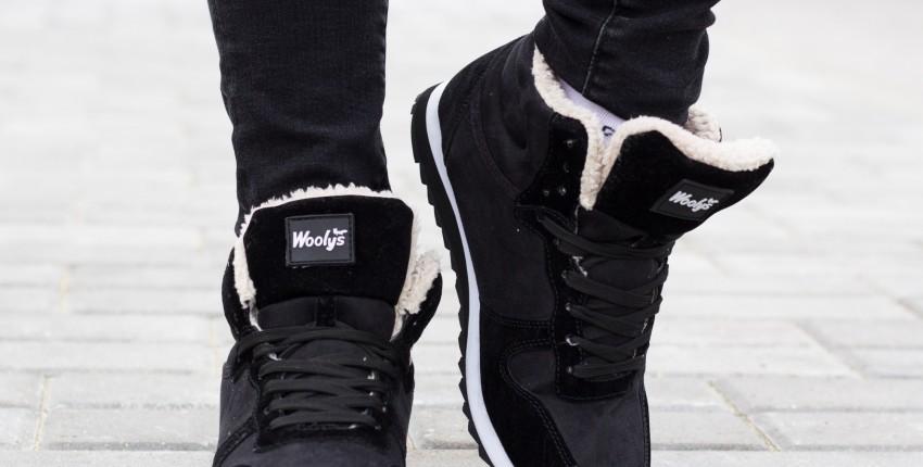 Стильные ботинки /зимние кроссовки с очень мягким мехом внутри!