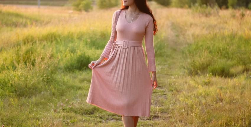 Чудесное трикотажное платье EZSSKJ