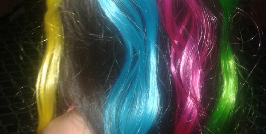 Яркие, разноцветные волосы - отзыв покупателя