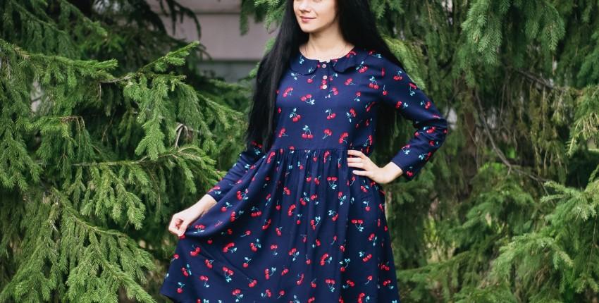 Милое платье с вишенками  Alyaboomty