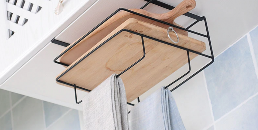 Недорогие полки для кухни, чтобы хранить доски, полотенца и приборы