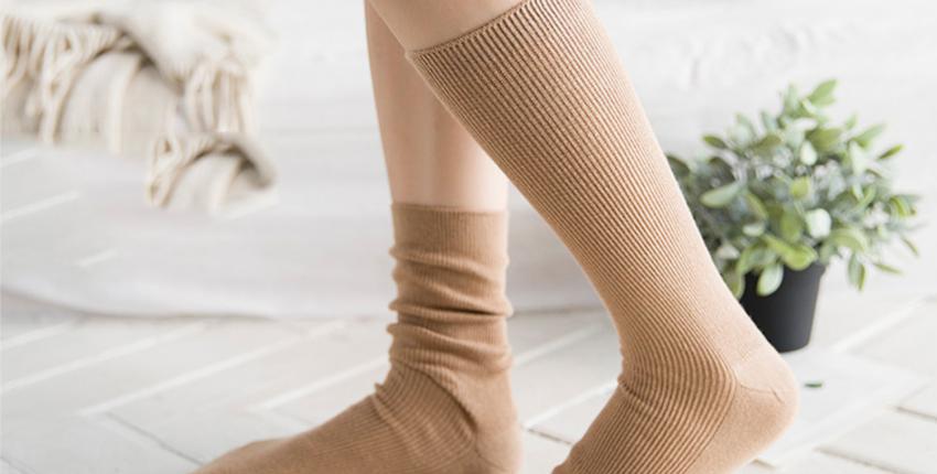 Хлопковые носочки для девушек за 100 рублей, много цветов