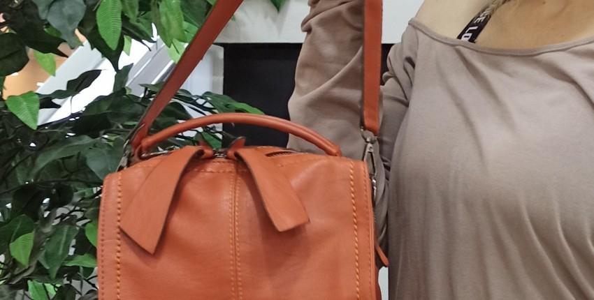 Изящная миниатюрная сумочка бренда YBYT - отзыв покупателя