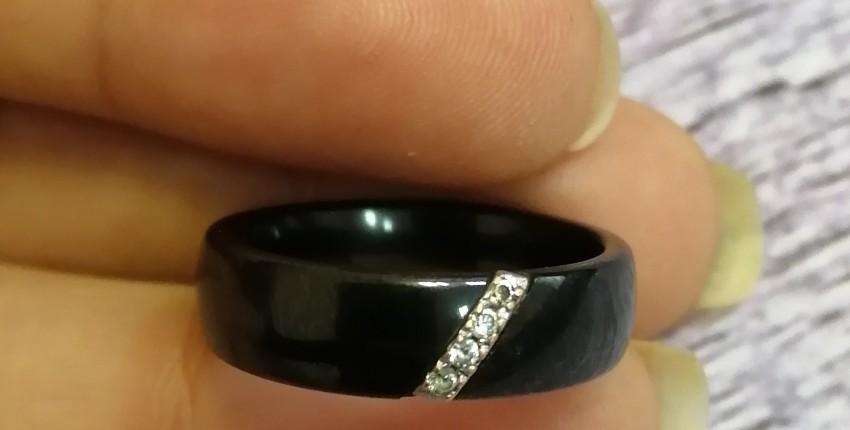 Керамическое кольцо с камнями из кубического циркония - отзыв покупателя