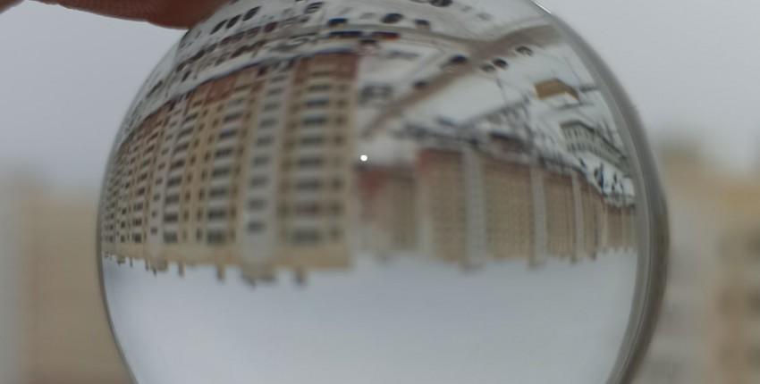 Хрустальный шар - отличный реквизит для фотосъёмки, для декора дома и для любителей фен-шуй - отзыв покупателя