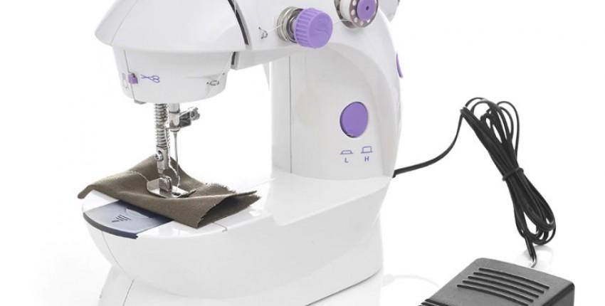 Электрическая мини-швейная машина для шитья.