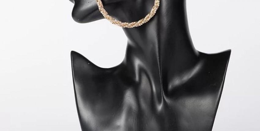 Шикарно и стильно!Золото с камнями ,серьги -огонь! - отзыв покупателя