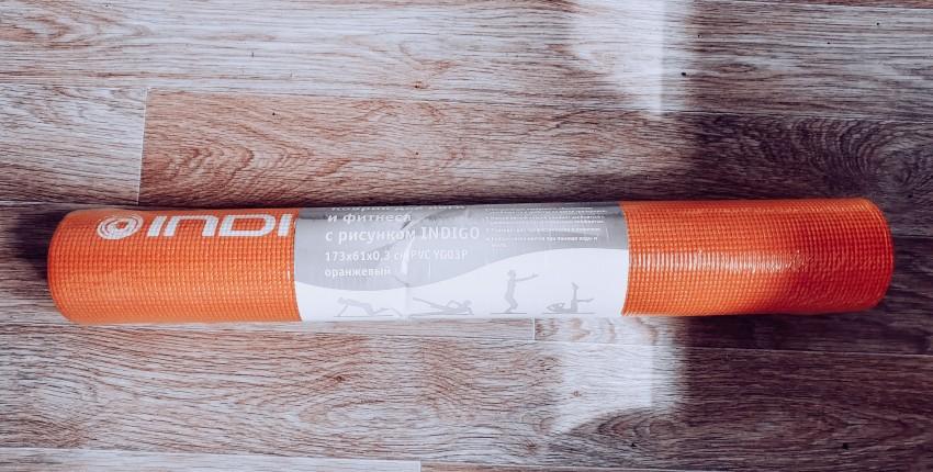 Яркий коврик для фитнеса на Беру - отзыв покупателя