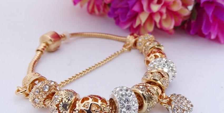 Красивый браслет с шармами - отзыв покупателя