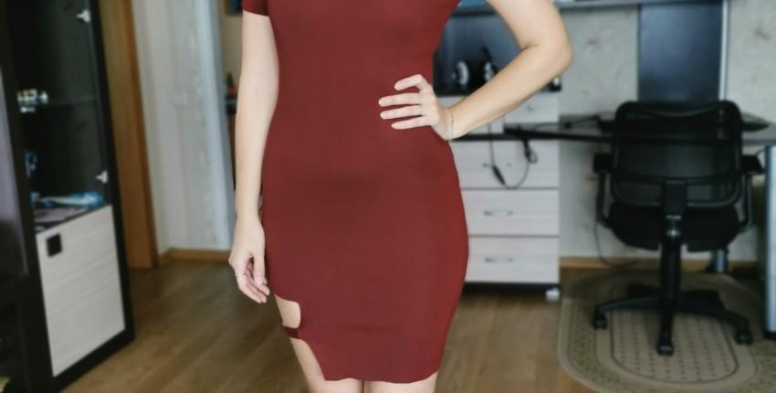 Трикотажное платье с интересной вставкой - отзыв покупателя