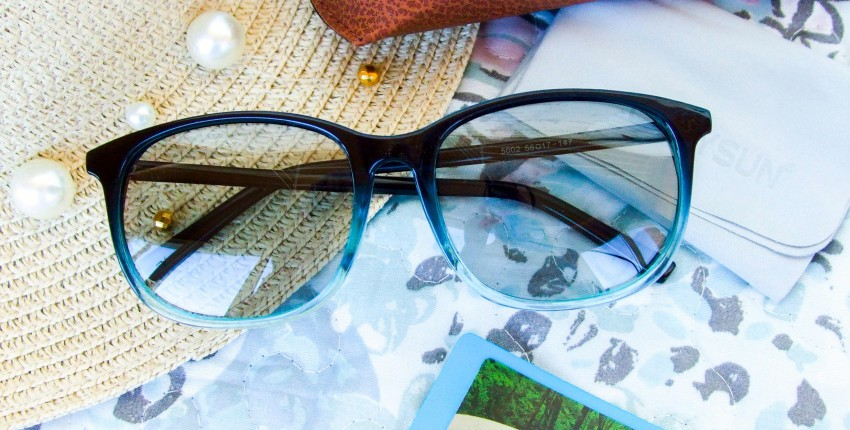 Фотохромные очки с поляризацией в цветной оправе - отзыв покупателя