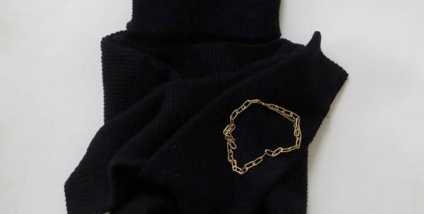 Чёрный свитер - отзыв покупателя