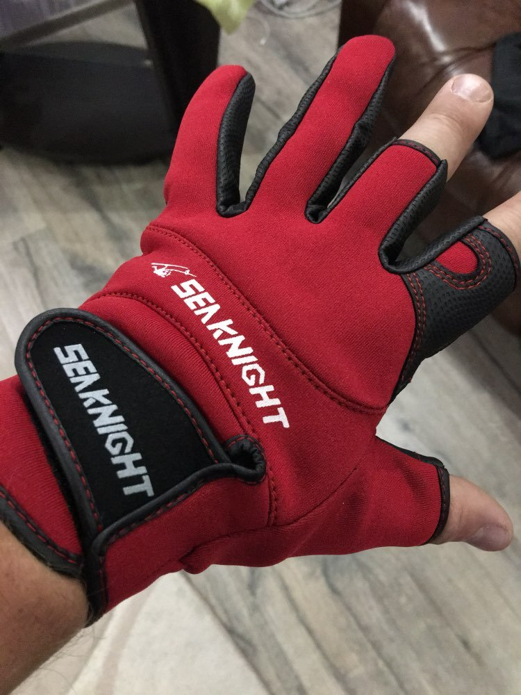 Перчатки для рыбалки SeaKnight.