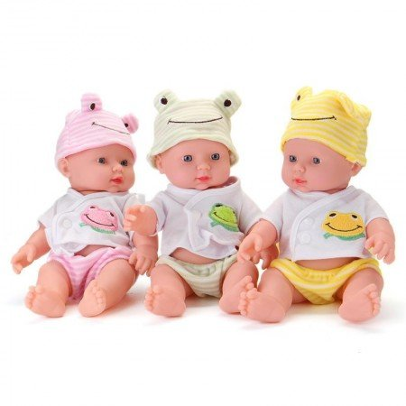 Кукла. Новорожденный малыш