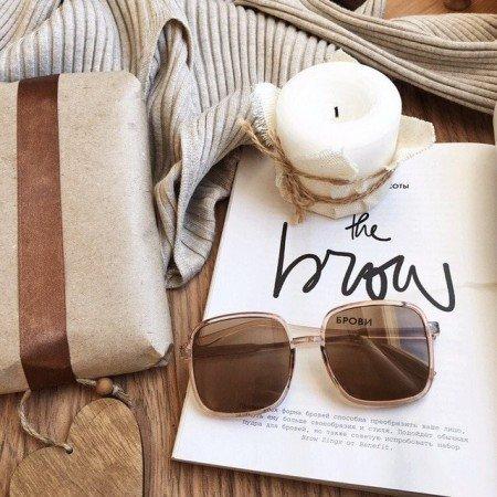 стильные солнцезащитные очки