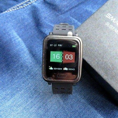 Смарт часы с цветным дисплеем от бренда Lerbyee по бюджетной цене