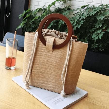 """Современная, стильная, ультра модная сумка на лето - трендовое исполнение """"под солому"""""""