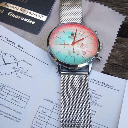Часы с градиентом от True Colors Store